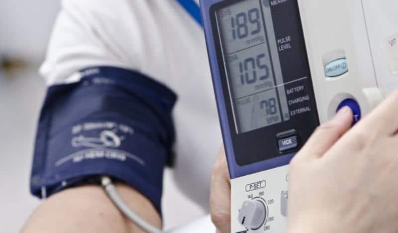 первая помощь при гипертоническом кризе алгоритм действий медсестры